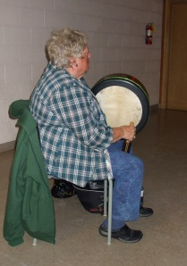 Gayle Bridger showed up to play her Irish drum for us :-)